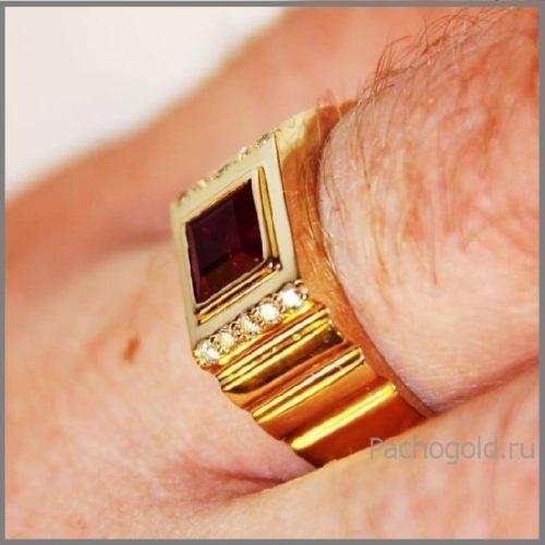 Кольцо для мужчины на заказ Rubin