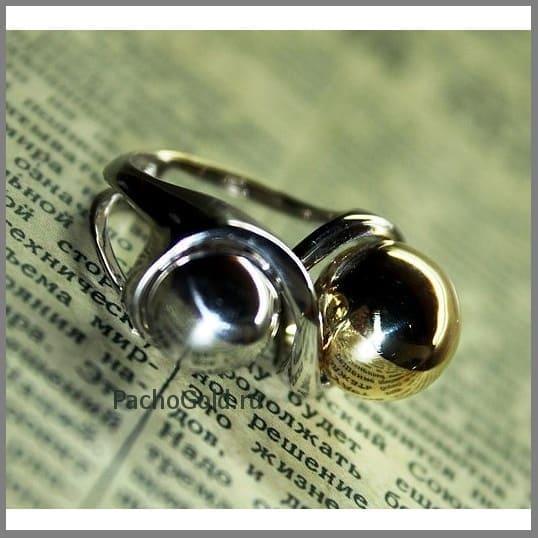Женское кольцо со знаком бесконечности на заказ