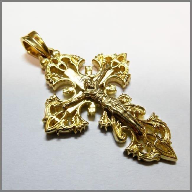 Крестик из золота ручной работы