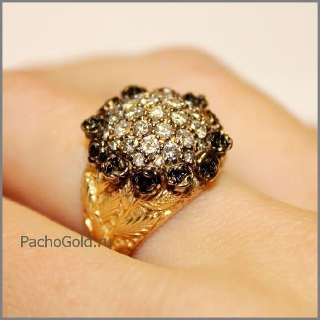 Кольцо Черная роза с белыми и черными бриллиантами россыпью