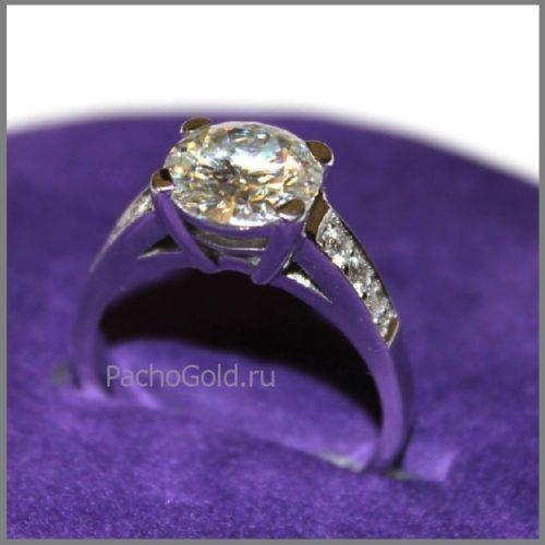 Бриллиантовое кольцо на заказ Reverie