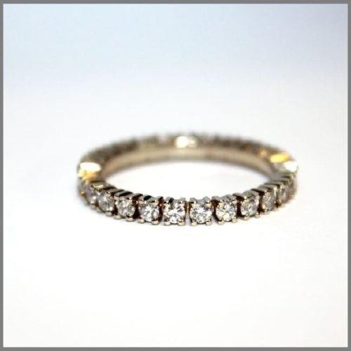Кольцо для женщины бриллиантовая дорожка на заказ