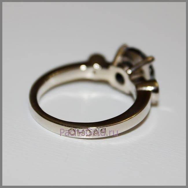 Кольцо с черным бриллиантом Маятник