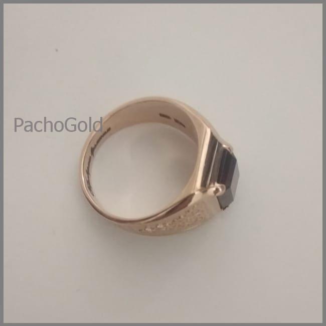 Мужское кольцо с гранатом из золота