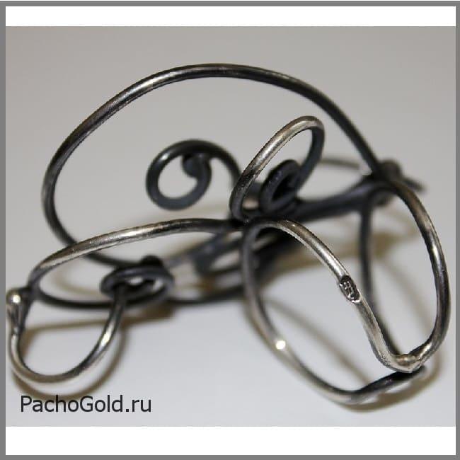 Необычное серебряное кольцо Зачарованные 2