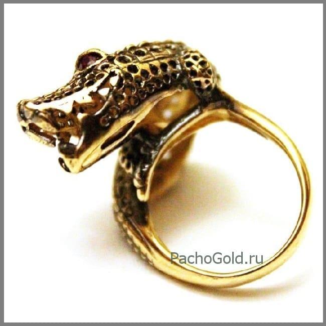 Необычное кольцо с крокодилом Croco