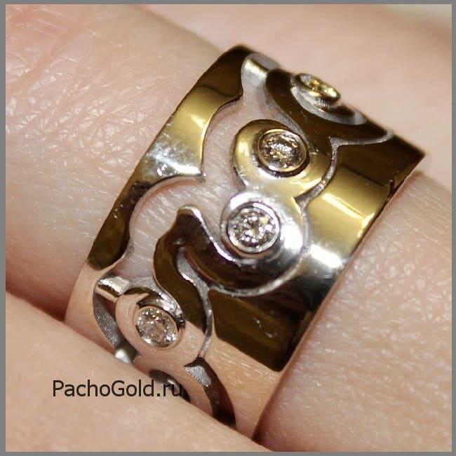 Резное золотое кольцо ручной работы В море бриллиантов