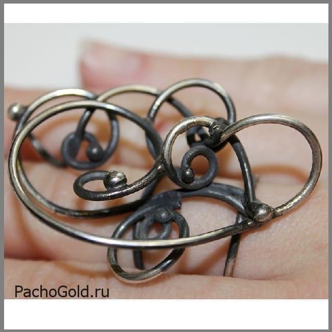 Серебряное кольцо Зачарованные 2 на заказ