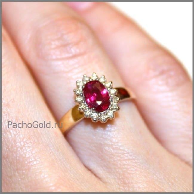 Женское кольцо Королевский рубин