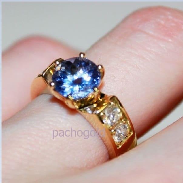 Золотое кольцо с танзанитом Таиссия