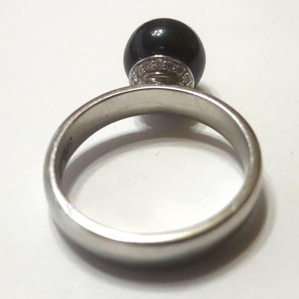 Кольцо с большим черным жемчугом