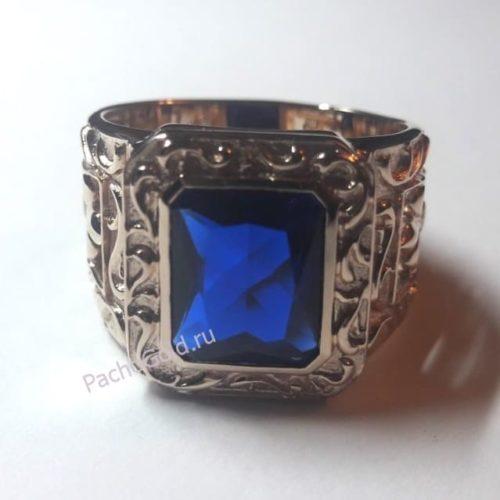 Перстень с квадратным корундом с символом Королевской лилии